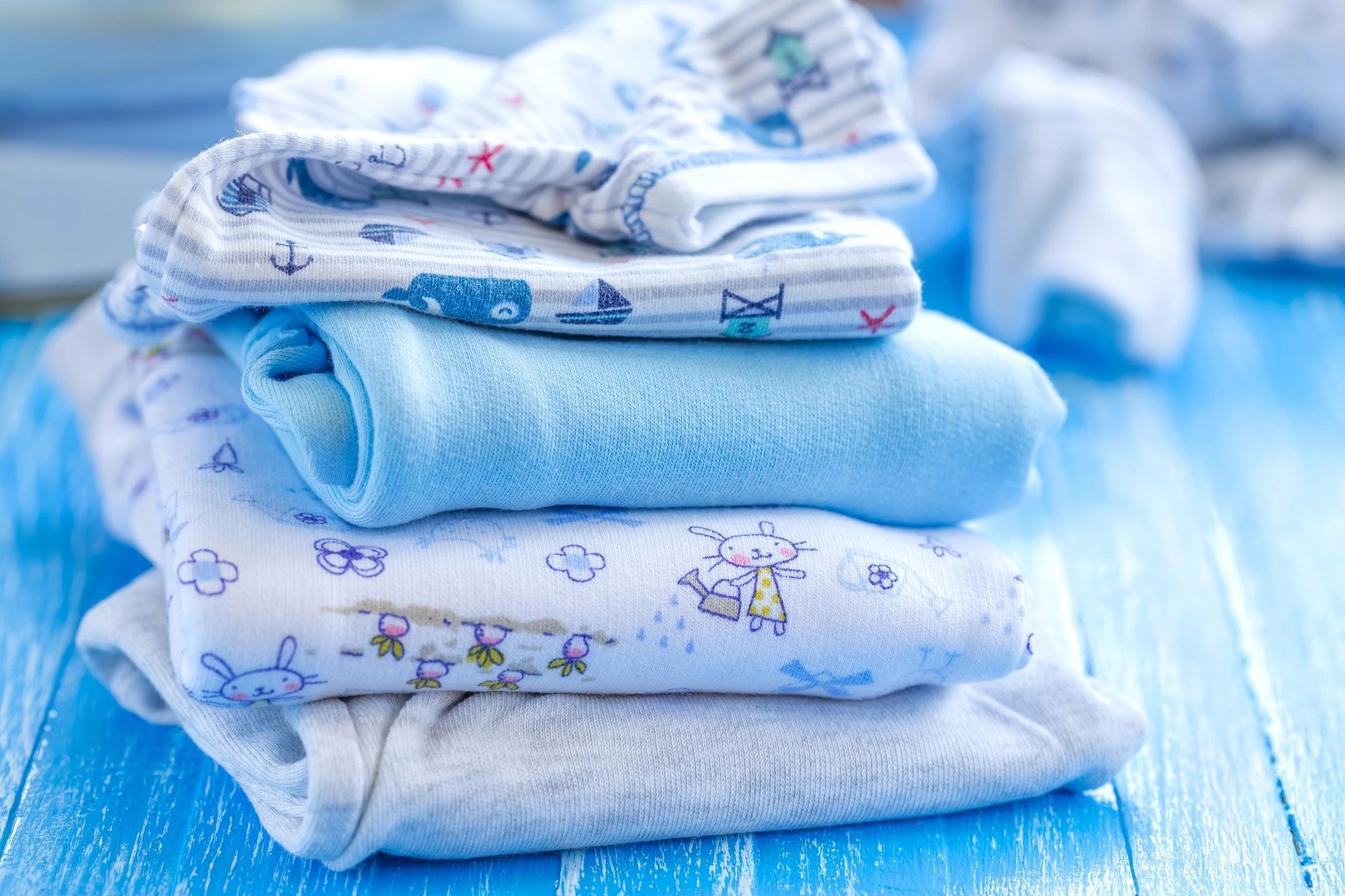 How To Stop Having Laundry Piled To The Sky When You're A Mom
